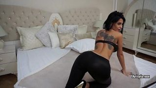 glamour milf anisyia shows her perfect body and masturbates for you